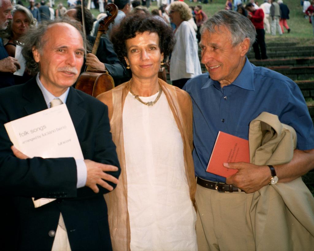 Mauro Ceccanti con Talia Pecker Berio e Giuliano Gori per le Folk Songs a Celle